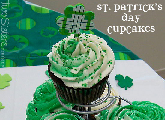St Patrick S Day Cupcakes With Swirled Frosting Two Sisters