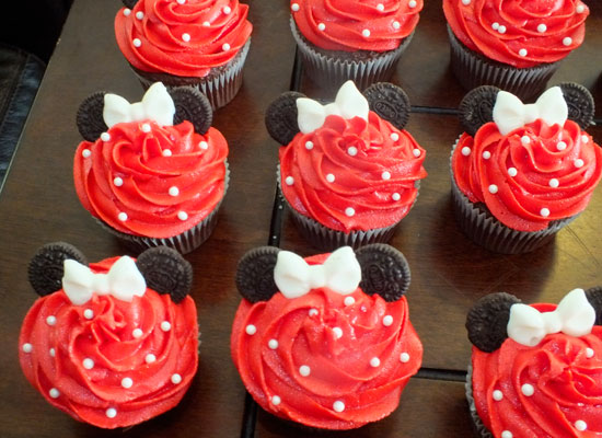 Minnie Mouse Cake Icing