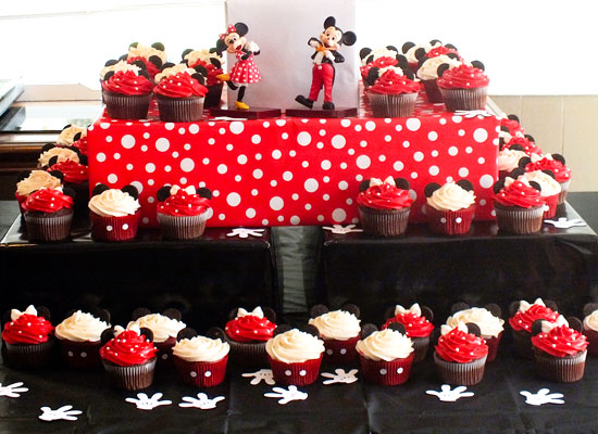 Mickey Amp Minnie Mouse Cupcakes Two Sisters