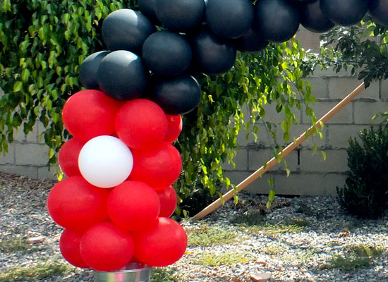 Mickey mouse balloon arch two sisters for How to make balloon arch at home
