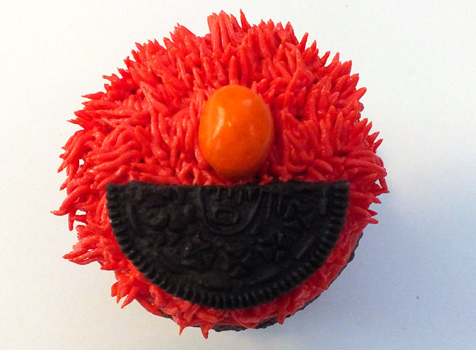 Use an Oreo Cookie for Elmo's mouth
