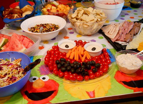 This Elmo Vegetable Tray is a great healthy snack for your Sesame Street Birthday party and so easy to create. Follow us for more fun Sesame Street Party Ideas.