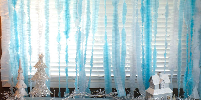 Disney Frozen DIY Ruffled Streamers Two Sisters