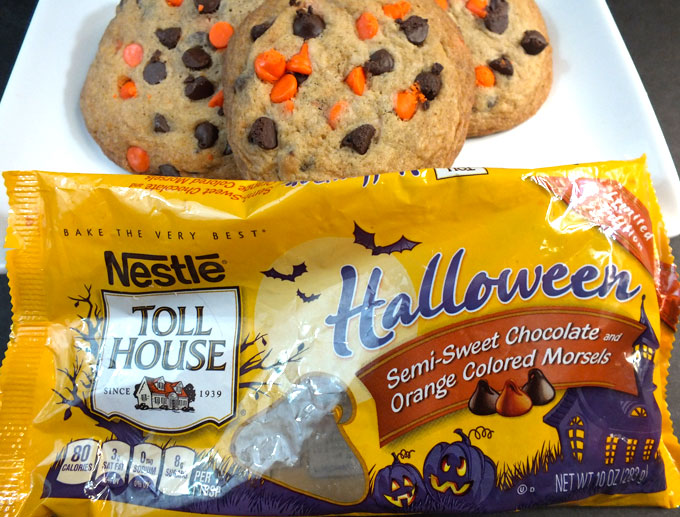 fun and easy halloween chocolate chip cookies with nestle toll house halloween semi sweet chocolate