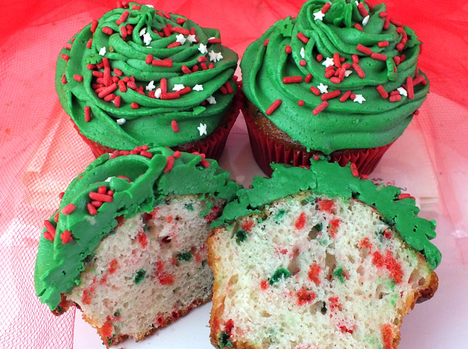 our colorful christmas funfetti cupcakes will be a festive addition to this years christmas desserts