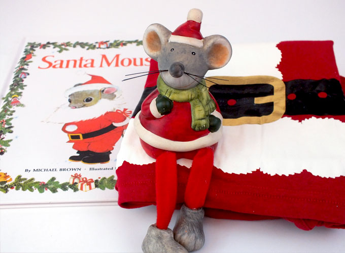 Santa Mouse brings new Christmas Pajamas