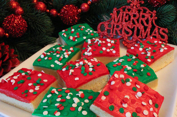 Christmas Sugar Cookie Bars - Two Sisters Crafting