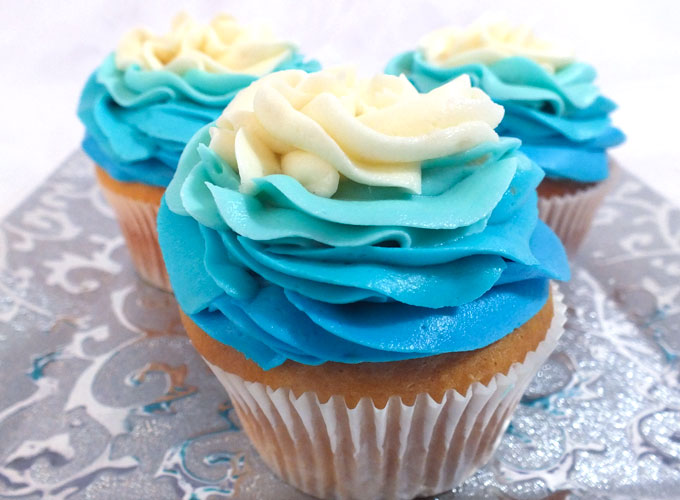 Frozen Ombre Swirl Cupcakes Two Sisters