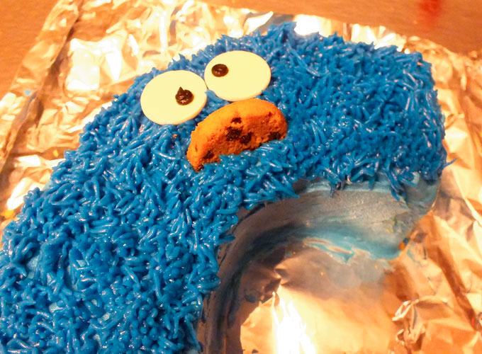 Add Cookie Monster face