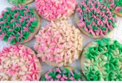 Hydrangea Frosted Sugar Cookies