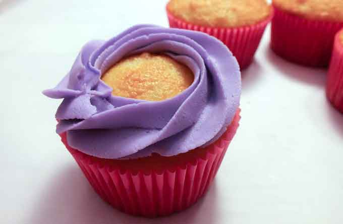 Purple Swirl on Sweet Swirl Cupcakes