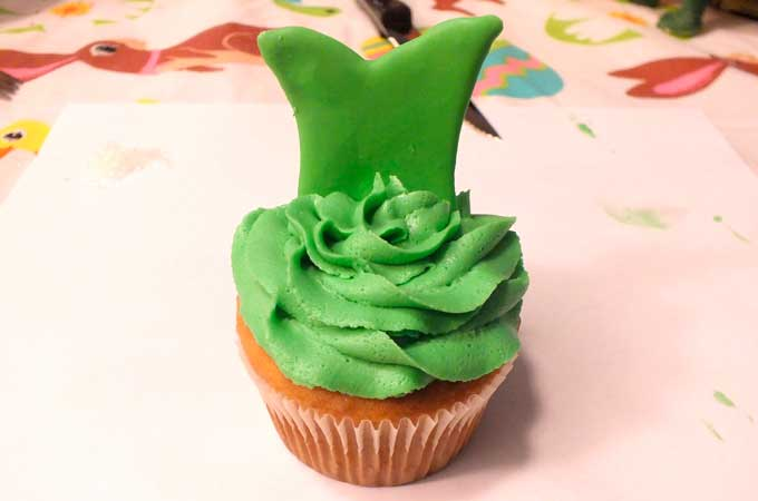 Press Tinkerbell Dress into Cupcake