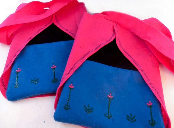 These colorful Frozen Anna Party Favor Bags are adorable, fun and so easy to make. The Anna fans at your Frozen Birthday Party will love them - what a great way to say thanks for coming to our Frozen Party. Follow us for more fun Frozen Party Ideas.