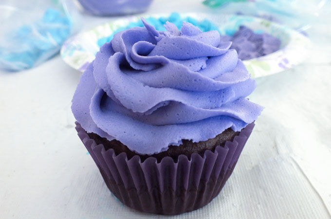Swirl of Purple Buttercream Frosting