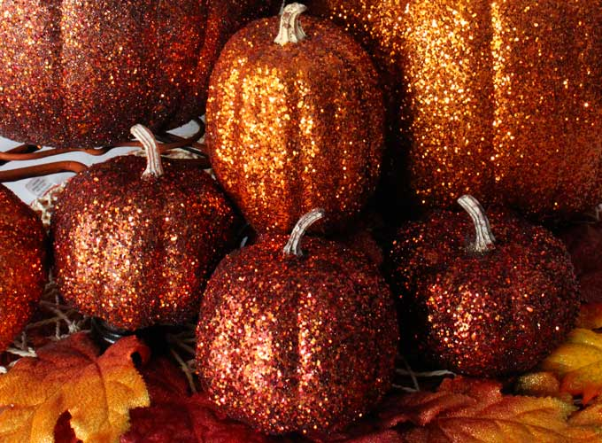 DIY Glitter Pumpkins are so easy to make that there is no need to decorate this & Glitter Pumpkins - Two Sisters