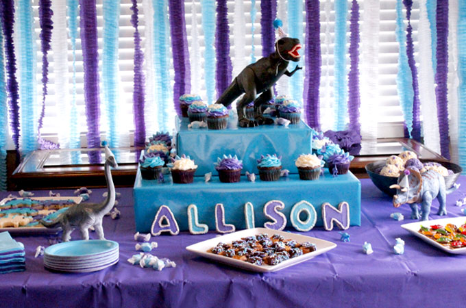 Dinosaur Party Dessert Table