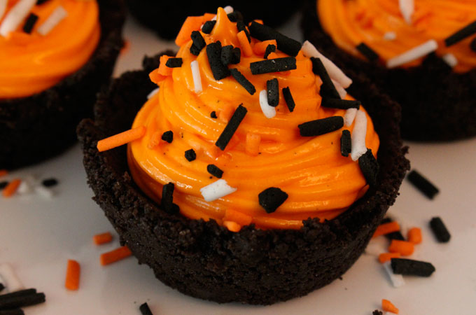 If you are looking for a fun Halloween dessert, you definitely need to try these gorgeous Oreo Cookie Cups with Marshmallow Cream filled with delicious marshmallow cream filling and topped with colorful Halloween sprinkles - they are super easy to make too. These no-bake Halloween treats are so delicious that your family will be clamoring for more. Follow us for more fun Halloween Food Ideas.