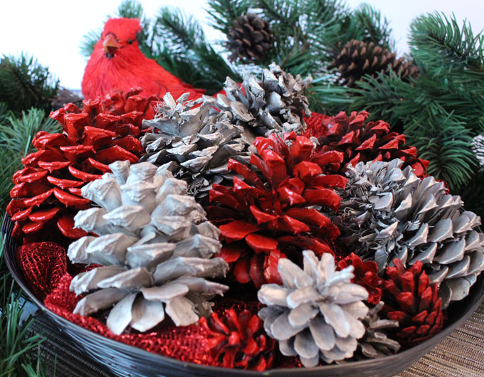 our diy painted pine cones are a great christmas craft that results in a gorgeous christmas