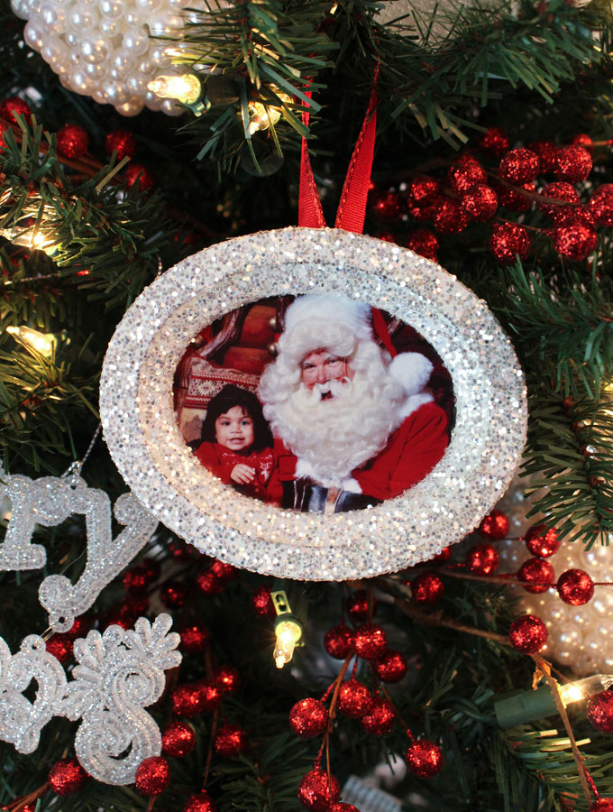 Christmas Tree Ornaments Picture Frames : Glitter photo christmas tree ornaments two sisters crafting