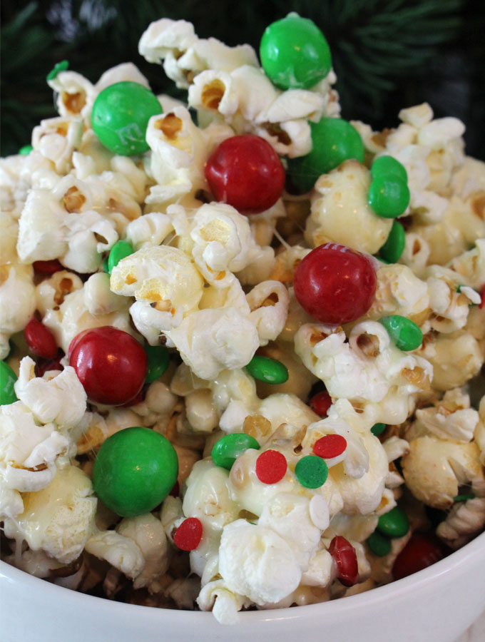 Santa crunch popcorn two sisters santa crunch popcorn a fun christmas treat sweet salty crunchy and delicious forumfinder Images
