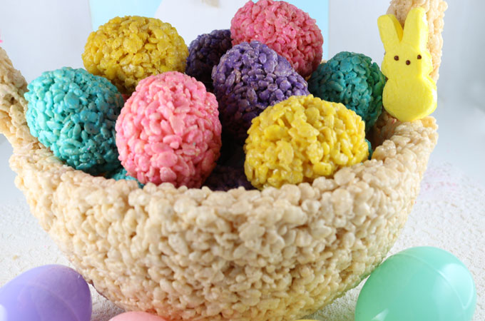 Rice krispie treat easter basket centerpiece two sisters this gorgeous rice krispie treat easter basket centerpiece will be everyones favorite easter decoration a negle Choice Image