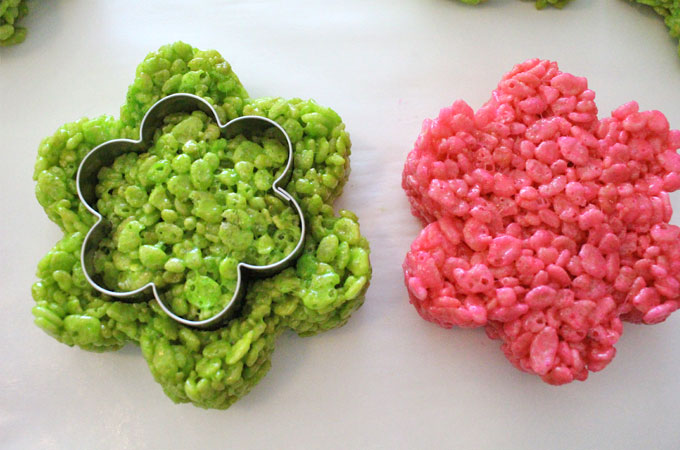 Cut out the center of the Rice Krispie Flower
