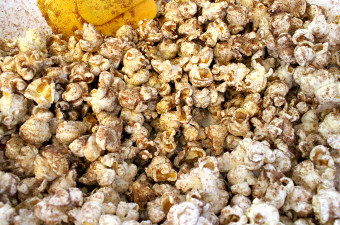 Mix Cinnamon Toast Popcorn