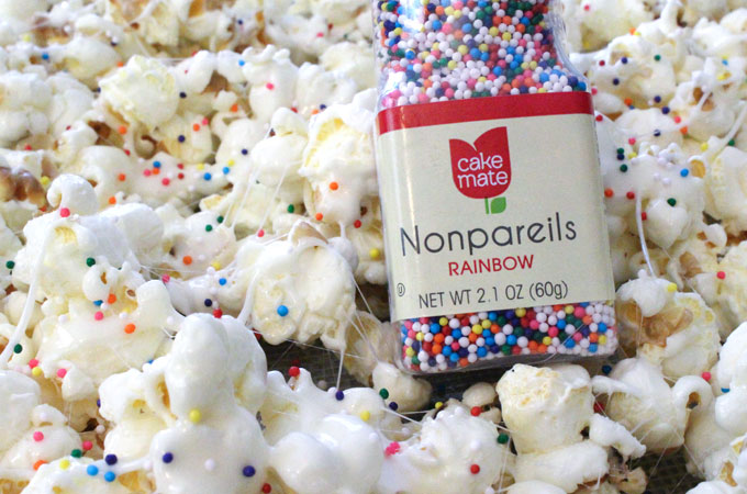 Add sprinkles to the Popcorn