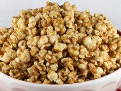 Easy Homemade Caramel Corn