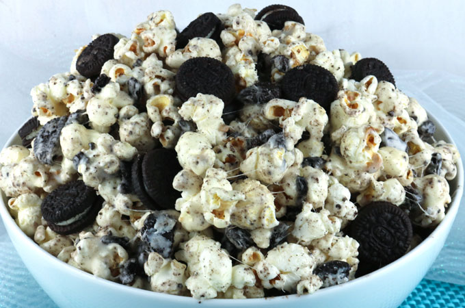 Oreo Cookie Popcorn Two Sisters