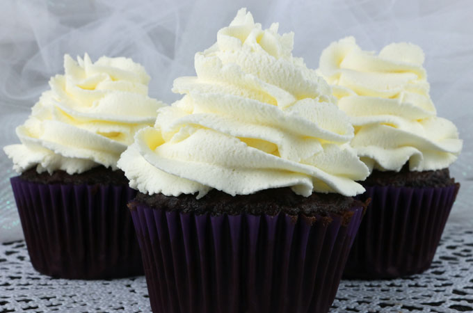 Whipped Cream Icing Recipes Cakes