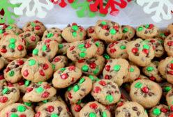 Christmas M&M Mini Cookie