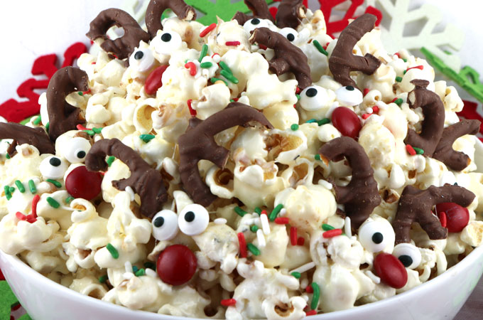 Reindeer popcorn two sisters reindeer popcorn sweet salty delicious and look at those adorable candy reindeer forumfinder Choice Image
