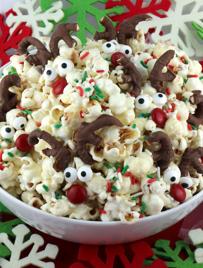 Christmas Popcorn Recipes.Reindeer Popcorn Two Sisters