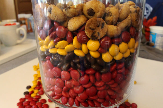 How to make a Thanksgiving Candy Centerpiece