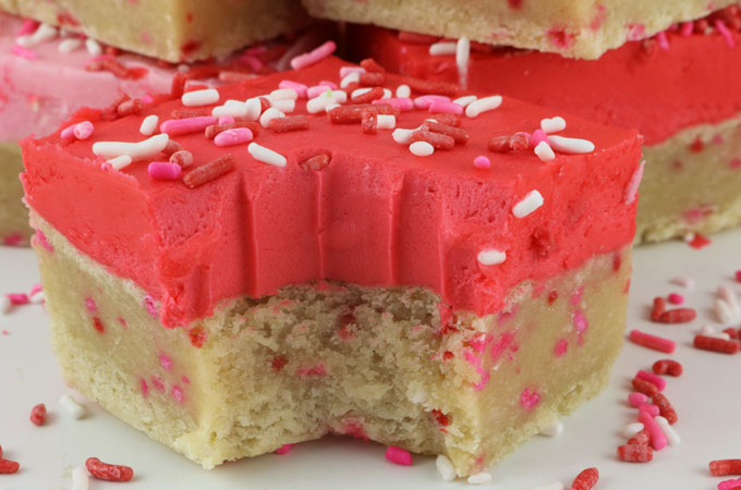 Valentine S Day Frosted Sugar Cookie Bars Two Sisters
