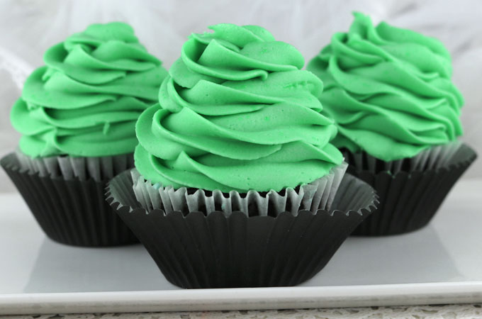 The Best Mint Buttercream Frosting Two Sisters