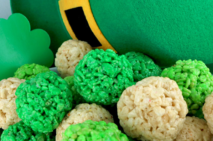 st patrick s day rice krispie bites two sisters