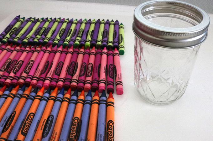 How to Make Crayon Mason Jars