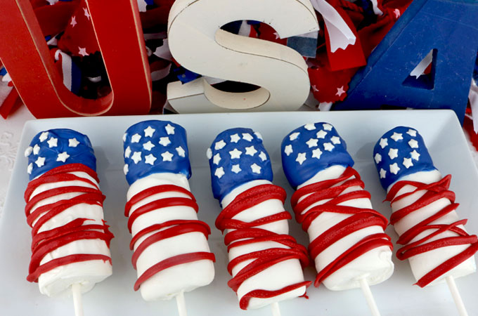 American Flag Marshmallow Pops | All-American 4th of July Desserts | Homemade Recipes | traditional 4th of july foods
