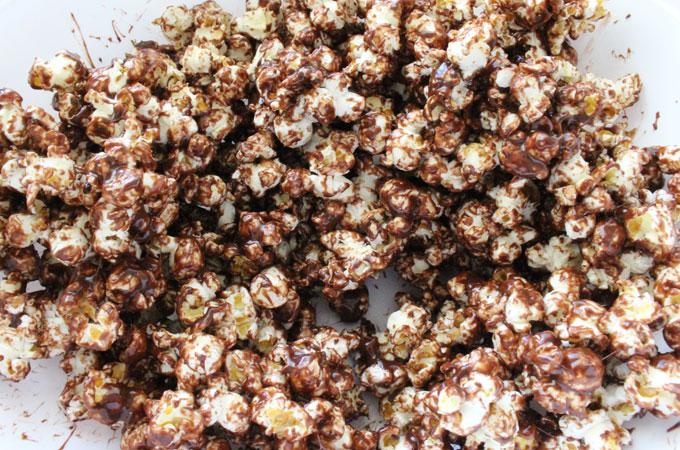 Mix popcorn and marshmallow mixture