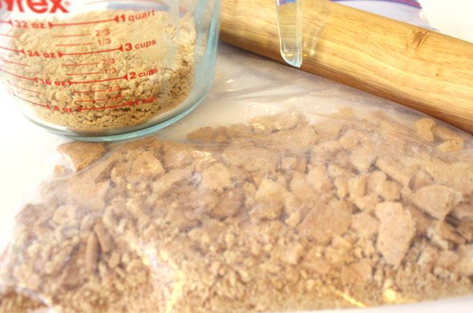 Graham Crackers for Graham Cracker Buttercream Frosting