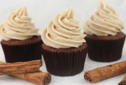 The Best Cinnamon Cream Cheese Frosting