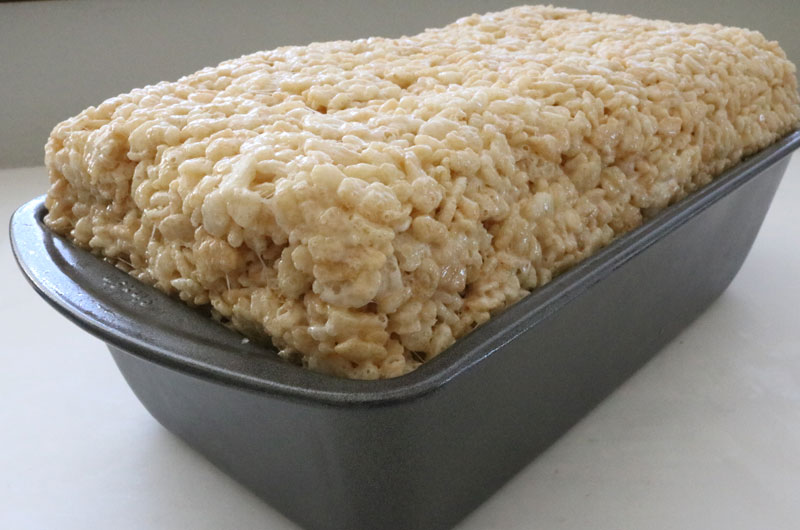 Build up the top of the Pumpkin Rice Krispie Cake