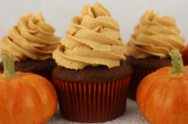 Pumpkin Spice Whipped Cream Frosting Two Sisters