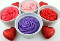 How to Make Valentine's Day Frosting