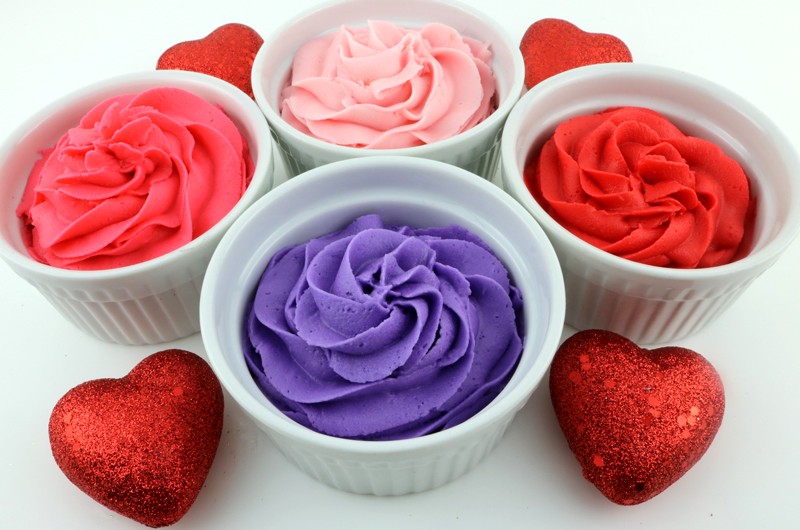 How To Make Valentine S Day Frosting Red Purple Light Pink And Dark