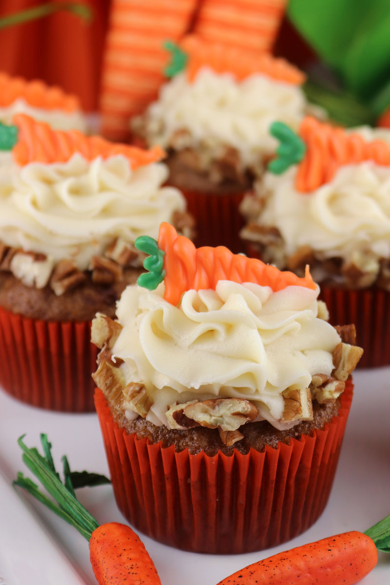 Carrot Cake Cupcakes With Walnuts