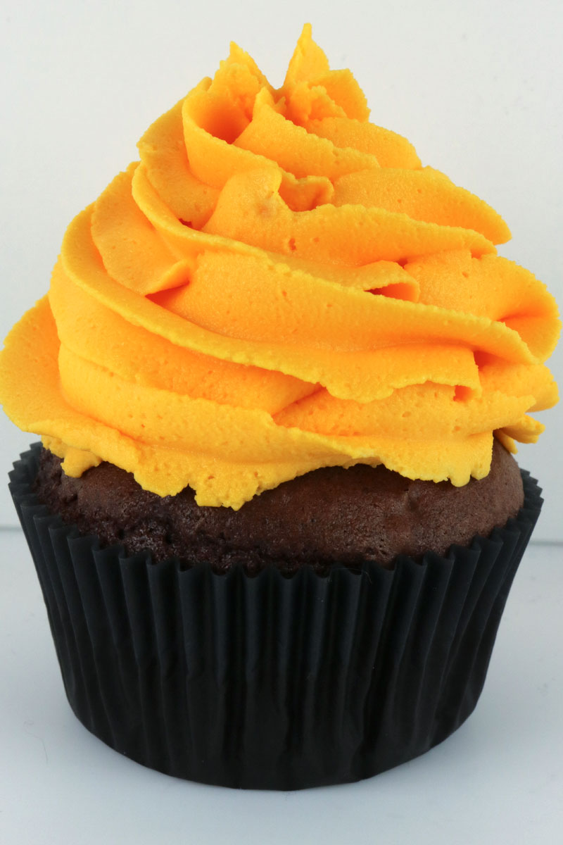 Watch How to Make Orange Icing video