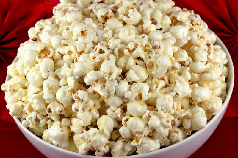 How to make sweet popcorn with butter